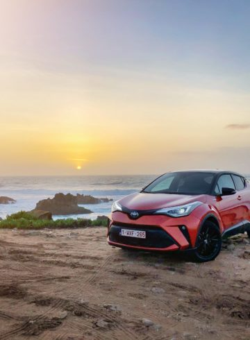 Toyota C-HR Mia Litström Cars and Watches for Ladies provkörning