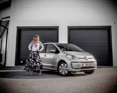 Provkörning Volkswagen e-up! Mia Litström Cars and Watches for Ladies