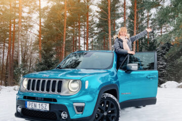 Jeep Renegade 4xe laddhybrid Mia Litström provkörning Cars and Watches for Ladies