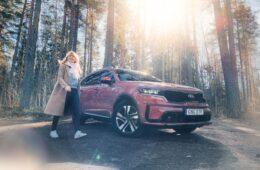 Mia Litström provkörning Kia Sorento Plug-In Hybrid Cars and Watches for Ladies
