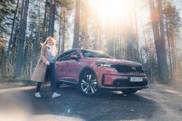 Mia Litström provkörning Kia Sorento Plug-In Hybrid Cars and Watches for Ladies