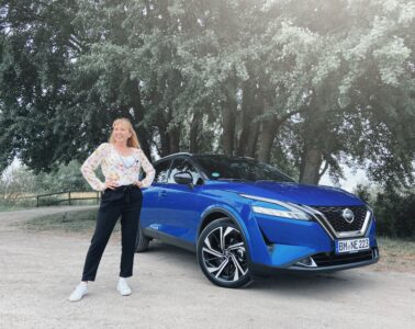 Nissan Qashqai Mia Litström provkörning Cars and Watches for Ladies