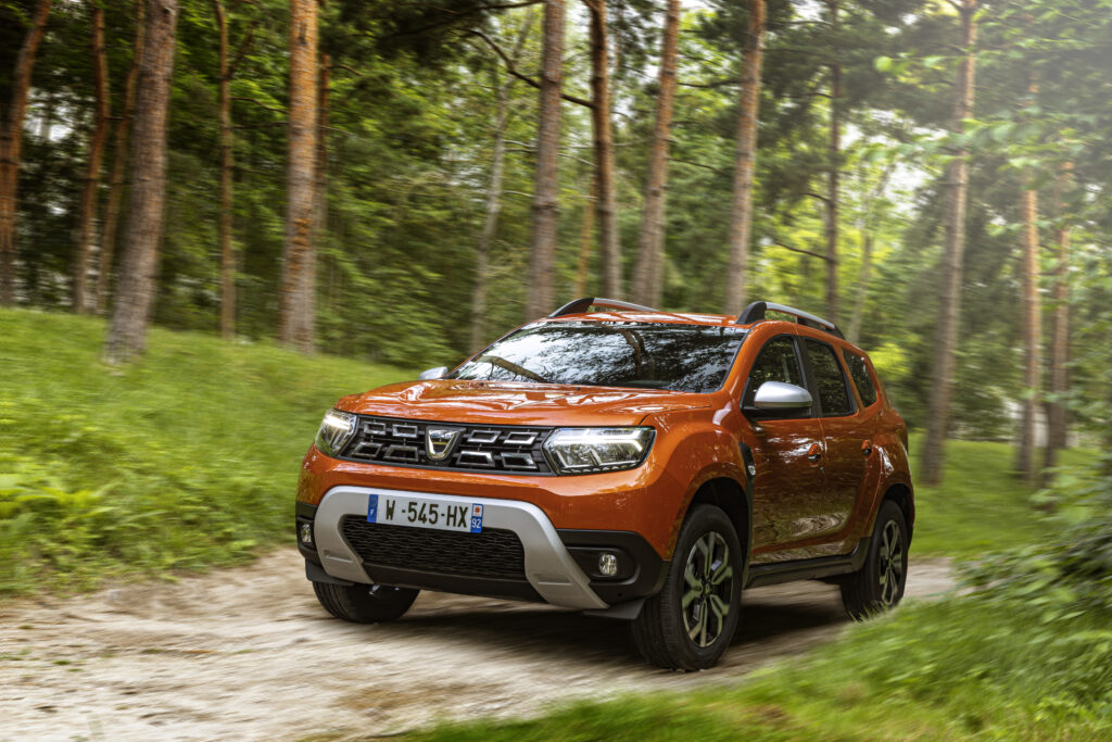 Dacia Duster provkörning Mia LItström Cars and Watches for Ladies